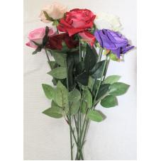 Натуральная распущенная бархатная роза