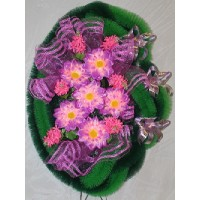 Ритуальные венки: из чего изготавливаются и как выбрать